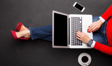 Kursy online – dlaczego warto z nich korzystać?
